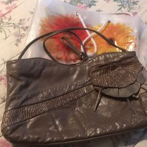 Taupe LEATHER PURSE FLOWER BAG